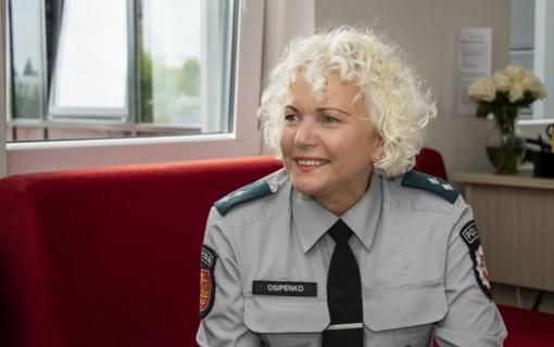 Kone keturis dešimtmečius tarnaujanti Klaipėdos pareigūnė pateikia receptą, kaip neperdegti