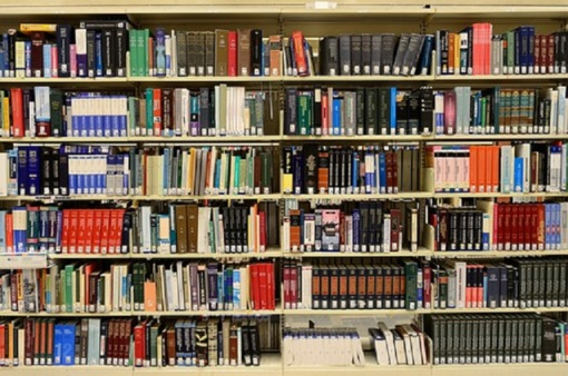 Kroatijos ambasada Kauno bibliotekai dovanoja knygų