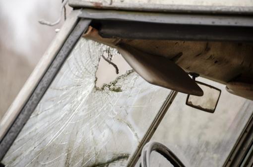 Šiaulių rajone automobilio partrenktas vyras atsidūrė reanimacijoje