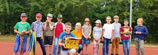Dienos stovykla vaikus pakvietė būti besidominčiais, unikaliais ir kūrybiškais