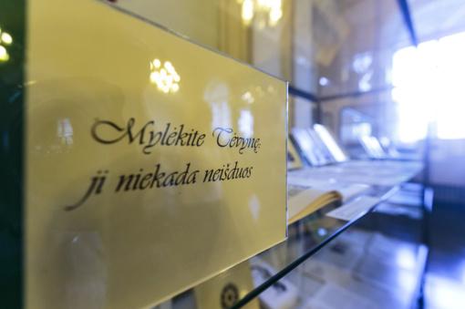 """Vrublevskių bibliotekoje – paroda """"Savo jėgas skirkite didiems darbams"""""""