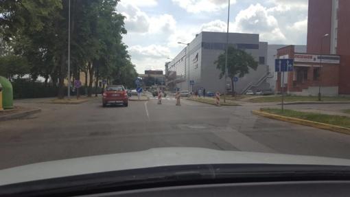 Ties išvažiavimu iš P. Cvirkos gatvės susidarė spūstys