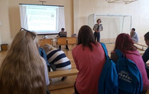 Organizuoti civilinės saugos mokymai gimnazistams