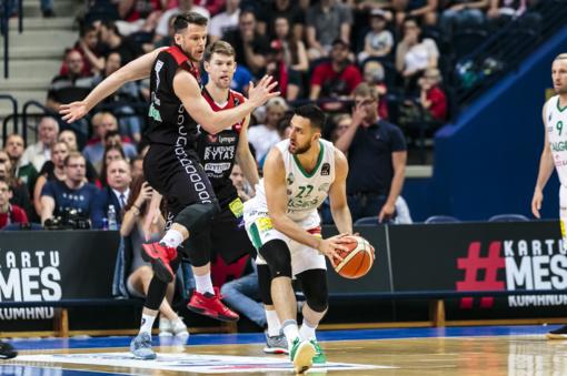 """""""Žalgirio"""" krepšininkai atsidūrė per žingsnį nuo LKL aukso medalių"""