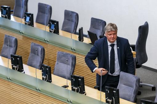 Ministras K. Navickas: blogiausia, kas galėtų dabar nutikti, tai sustoti vidury brastos ir keisti kursą