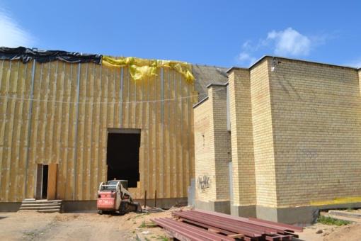 Pradėtas modernizuoti buvusio Lentvario kino teatro pastatas!