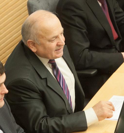 V. Kamblevičius nori priversti visus parlamentarus ateiti į darbą