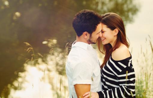 Lietuviai Jonines pasitiks romantiškai: dvigubai išaugo prezervatyvų pardavimai