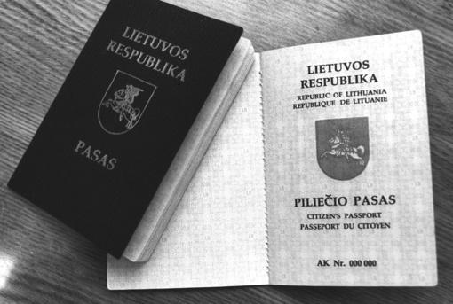 """Šeštadienį nustoja galioti paskutinieji """"žalieji"""" lietuviški pasai"""