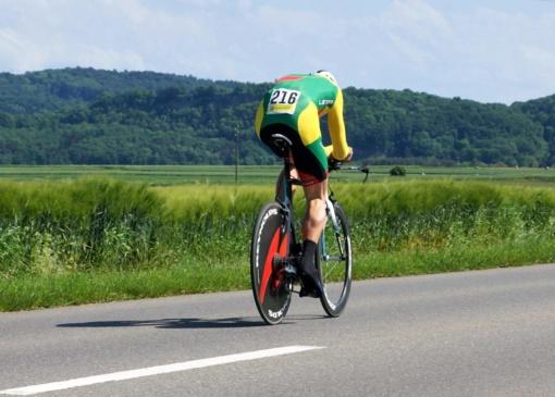 Šalies dviračių plento čempionate - D. Tušlaitės ir G. Bagdono pergalės