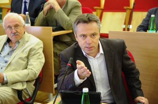 VRK narys, konservatorius V. Semeška nebaigęs vidurinės mokyklos