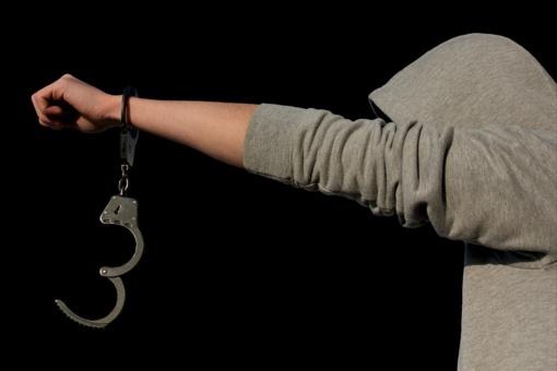 Palangoje naktį sulaikyti asmenys su narkotinėmis medžiagomis