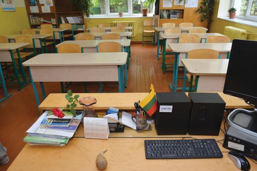 Prasidėjo mokytojų palaikymo akcija, ministras E. Jankevičius tiki, kad ji bus taiki
