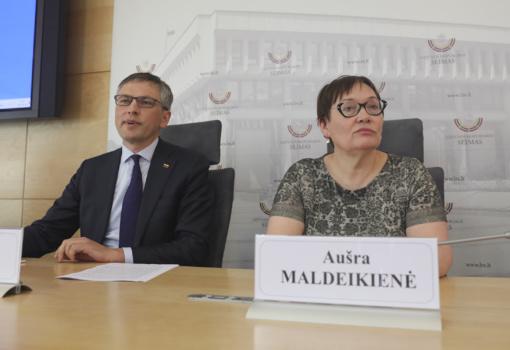 """A. Maldeikienė liudija: """"MG Baltic"""" yra nusikalstama organizacija"""