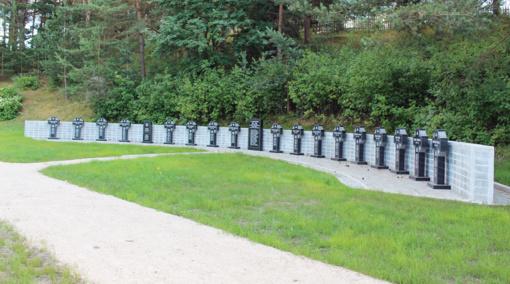 Visuomeninė iniciatyva  įgyvendinta – memorialas  sušaudytiems ministrams įrengtas