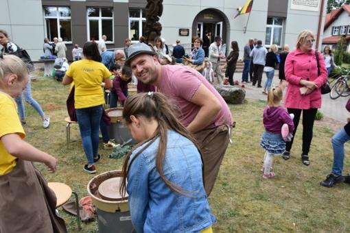 Utenos rajone į Leliūnų miestelį rinkosi kraštiečiai ir svečiai