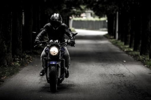 87,3 proc. motociklų eismo įvykių lemia žmogiškasis faktorius