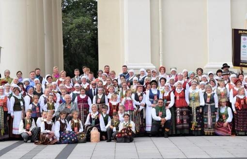 Lietuvos šimtmečio dainų šventėje – Prienų krašto varpo dūžiai (fotogalerija)