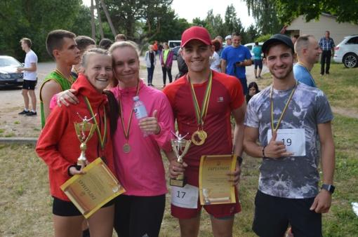Įvyko tradicinis bėgimas Ariogala – Gėluva (fotogalerija)