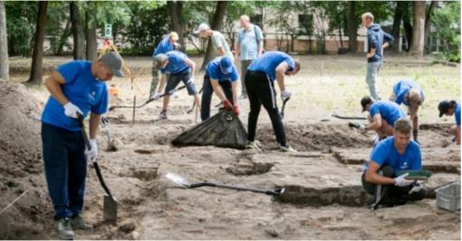 Didžiosios sinagogos komplekso teritoriją Vilniuje vėl tyrinėja archeologai