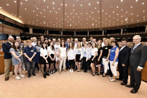 Raguvos gimnazijos mokiniai lankėsi Briuselyje