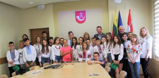 Tauragiškiai svetingai sutinka vaikus iš Ukrainos