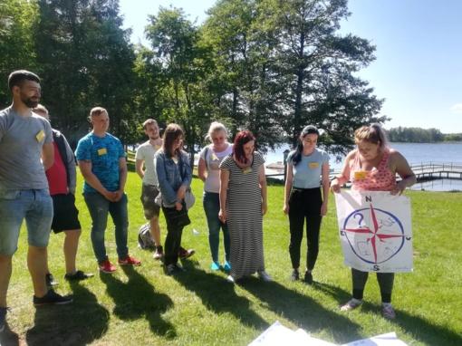"""Jaunuolių įgyta patirtis ESF ir JUI finansuojamo projekto """"Atrask save"""" išvažiuojamuosiuose seminaruose"""