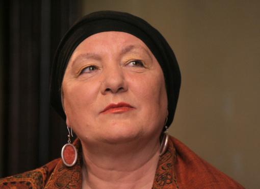 Poetė, prozininkė Kovo 11-osios Akto signatarė Vidmantė Jasukaitytė bus palaidota Antakalnio kapinėse