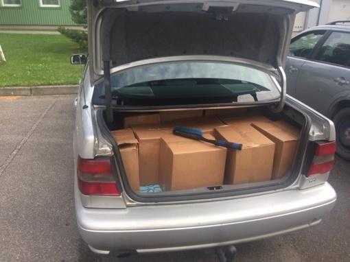 Jonaviškiai iš Latvijos vežė, įtariama, falsifikuoto alkoholio krovinį