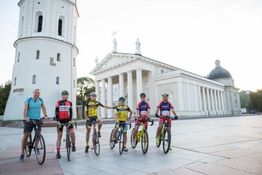 Lietuvių ambicija - dviračiais aplink Baltijos šalis per 5 dienas