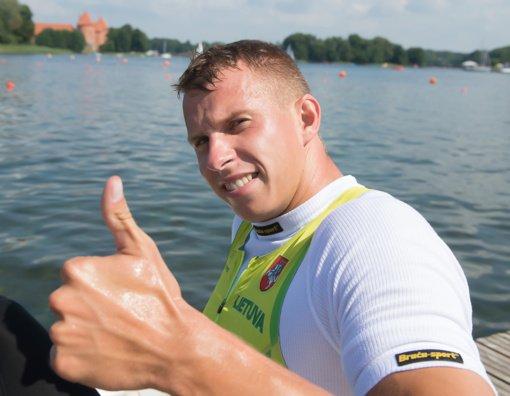 Lietuvos baidarių ir kanojų irklavimo čempionai paaiškėjo tik po fotofinišo