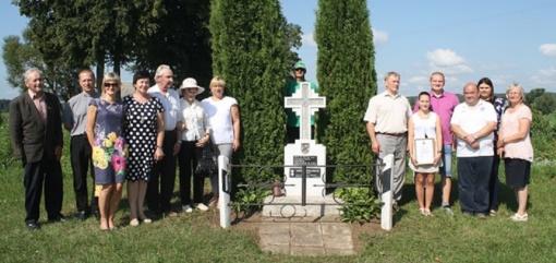 Įteiktos padėkos už Juodelių kaime esančio paminklo žuvusiems partizanams atminti priežiūrą
