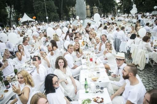 Baltoji vakarienė – Pandėlyje