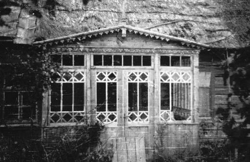 Senosios krašto sodybos: turtingas raštų liaudies architektūros palikimas
