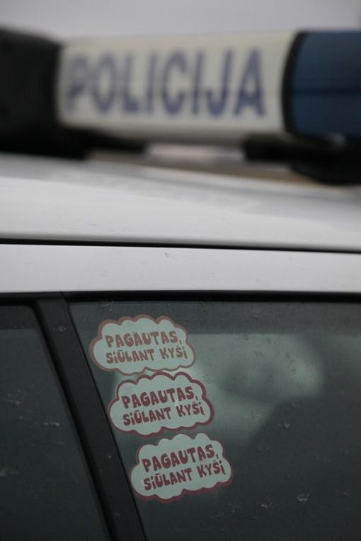 Marijampolėje vyras patruliams siūlė 500 eurų kyšį