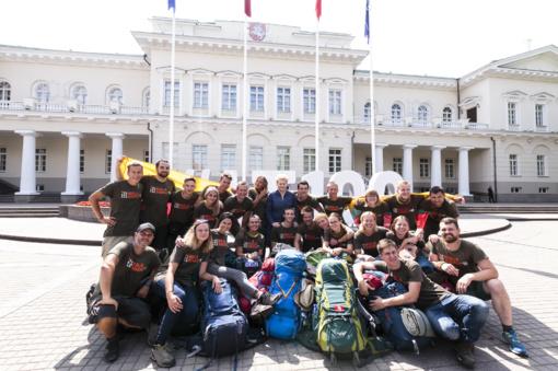 """Prezidentė su vaišėmis sutiko iš Kazachstano grįžusius """"Misija Sibiras"""" ekspedicijos dalyvius (fotogalerija)"""