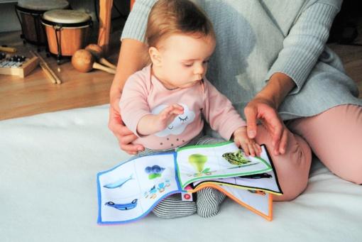 7 patarimai, kaip išmokyti mažylį kalbėti