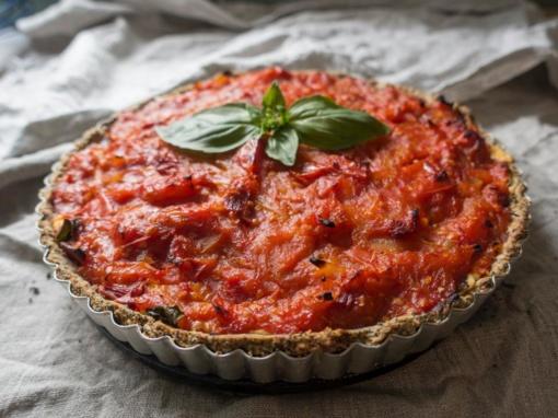 Neskubėkite išmesti: besibaigiančio galiojimo maisto produktai gali virsti puikiais šeimos pietumis