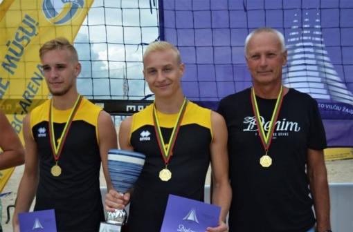 Joniškiečiai – paplūdimio tinklinio šalies čempionai