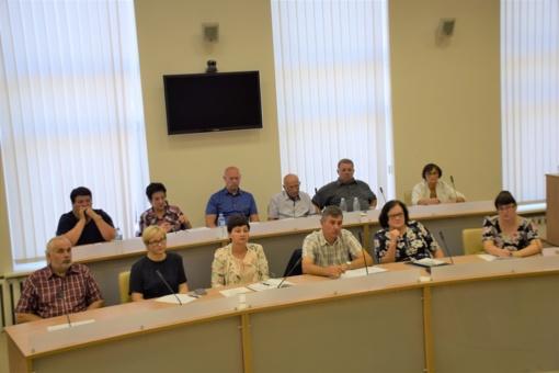 Seniūnų sueigoje aptartos kelių duobių problemos ir kiti aktualūs klausimai