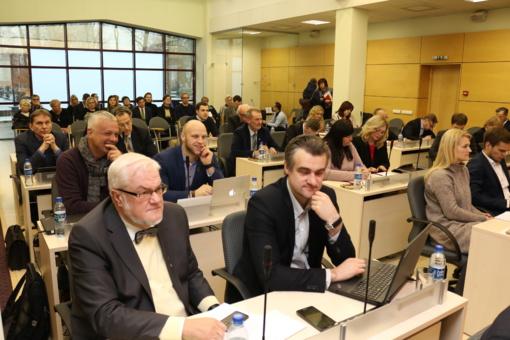 """Rugsėjo 6 d. Šiaulių miesto tarybos posėdis pavadinimu """"Pabandom iš naujo jė-ė"""""""