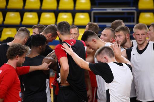 """""""Ryto"""" krepšininkai draugiškose rungtynėse nugalėjo """"Juventus"""" ekipą"""