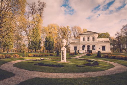 Ragina numatyti patogesnį turistams Lietuvos lankytinų vietų darbo laiką