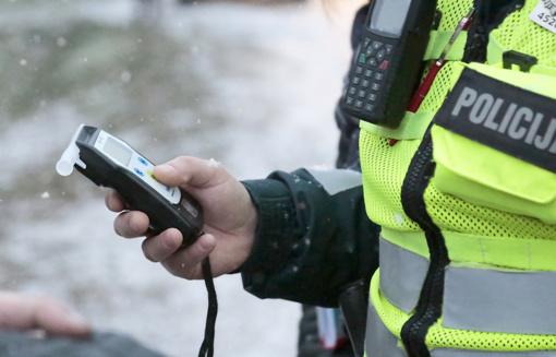 Vilniuje neblaivus vairuotojas pareigūnams pateikė ne savo dokumentą