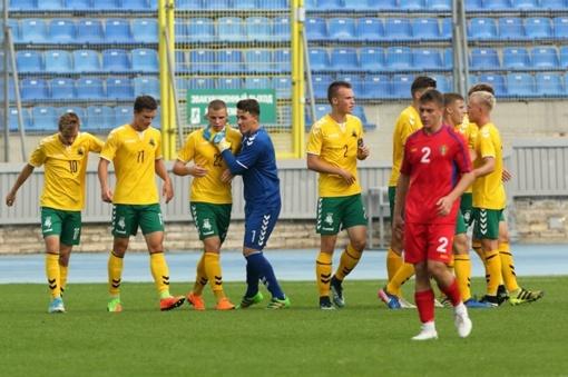 19-mečių futbolo rinktinė pateko į V. Granatkino turnyro pusfinalį
