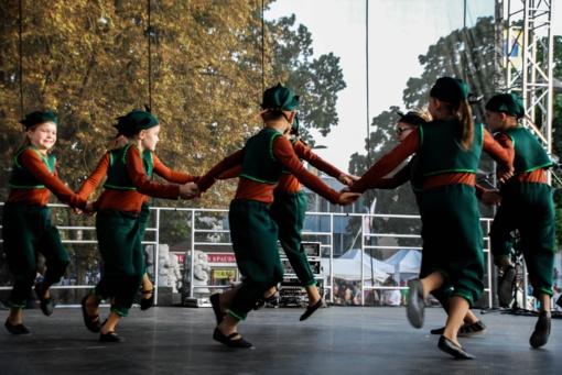 """""""Šiaulių dienose"""" – ir tradicinis mėgėjų meno festivalis """"Rudens mozaika 2018"""""""