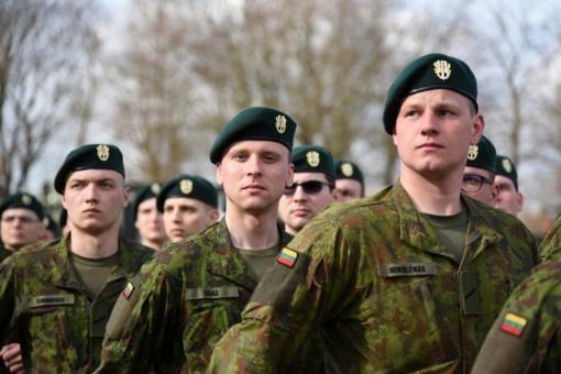 Pasirašytas susitarimas dėl Lietuvos gynybos politikos gairių