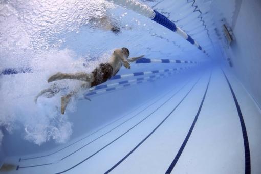 Daugiau nei šešiems tūkstančiams mokinių - nemokamos plaukimo pamokos