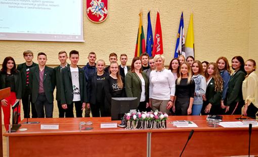 """Radviliškio rajono savivaldybės demokratijos ir socialinių įgūdžių mokyklos """"Ateitis"""" mokiniai pradėjo naujus mokslo metus"""