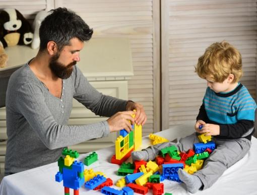 Kokius žaislus vaikystėje išbandyti turėtų kiekvienas vaikas?